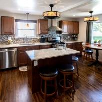 2916 Memorial Kitchen2